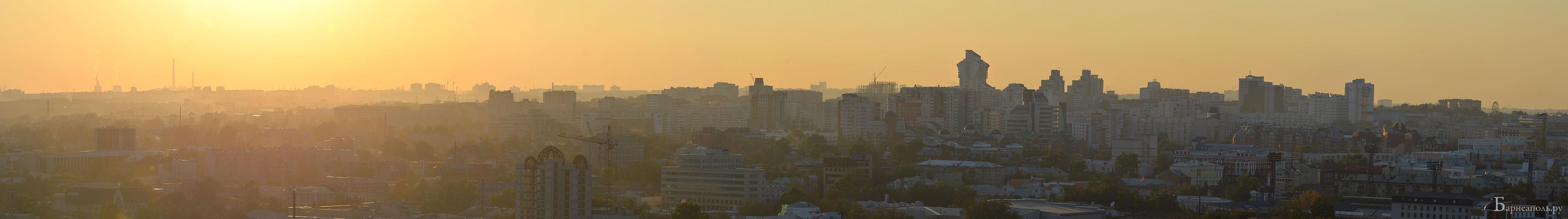 Панорама Барнаула в лучах заката